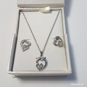 Heart Earrring and Necklace Set